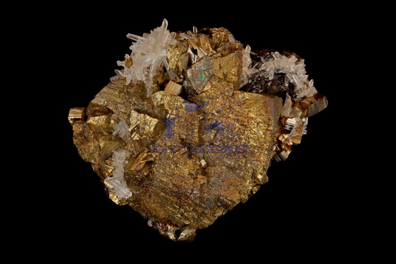 Chalcopyrite (CuFeS2) - and Quartz (SiO2) - Peru