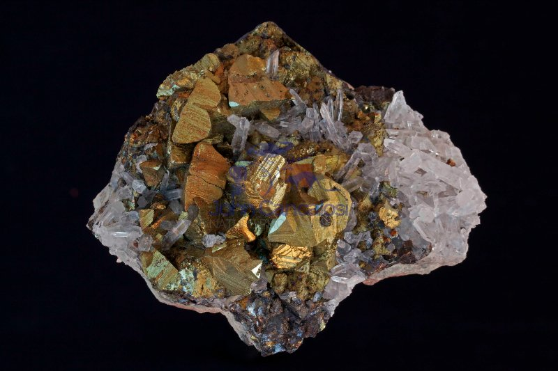 Chalcopyrite (CuFeS2) and Quartz - Peru